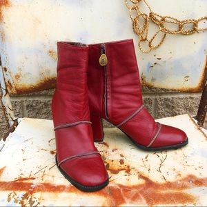 Vintage red leather Etienne Aigner heeled boots